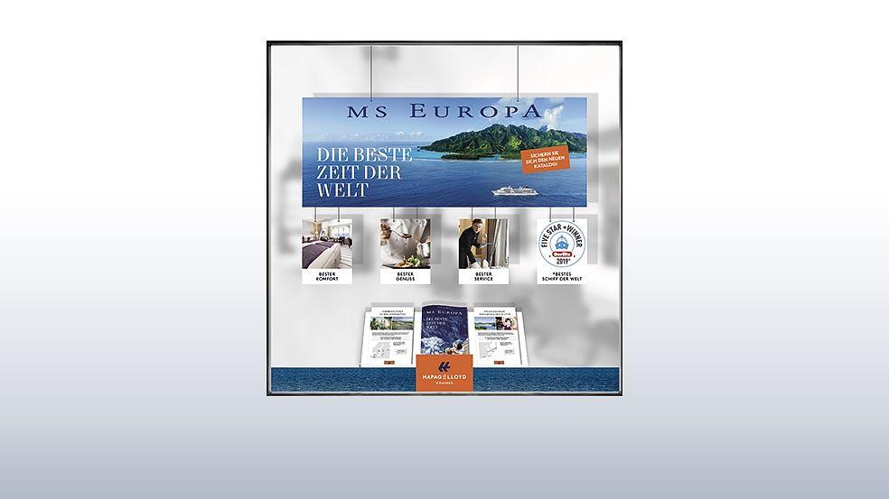 Bestellen Sie im E-Shop individuell angelegte Tapeten und Katalogklappen sowie aufmerksamkeitsstarke Schaufensterdekorationen.